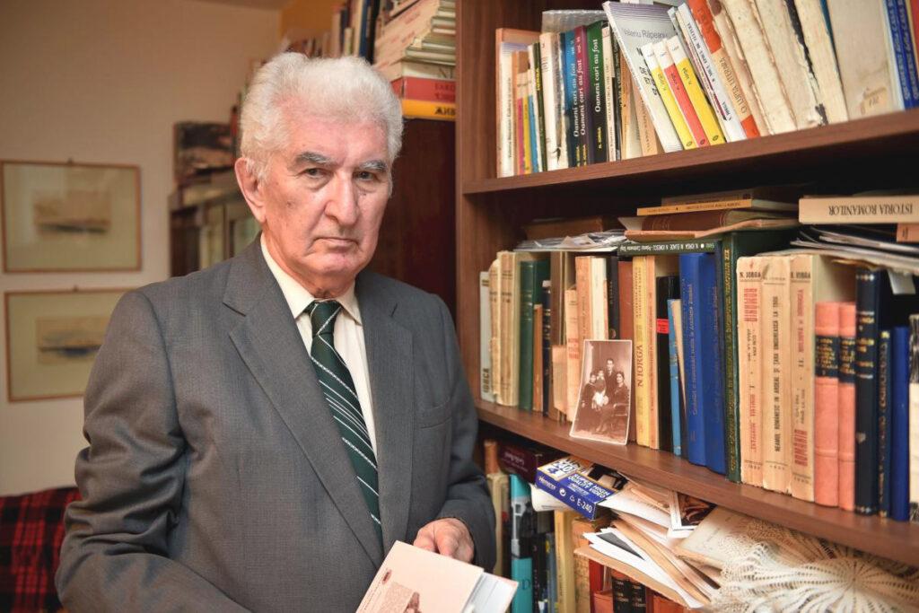 Prof. univ. dr. Valeriu Râpeanu